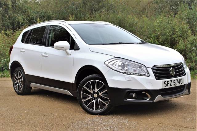 Suzuki Sx4 S-Cross 1.6 SZ5 5dr, PANORAMIC ROOF Crossover Petrol Superior White